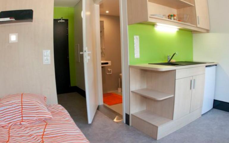 chambre étudiante salle de bain privative