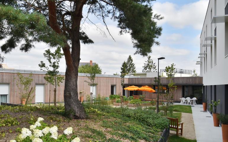 construction ehpad salle de fain adaptée santé