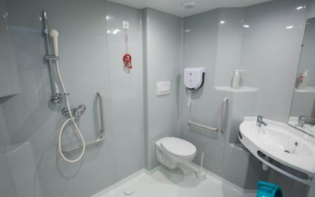 salle de bain médicalisé centre hospitalier