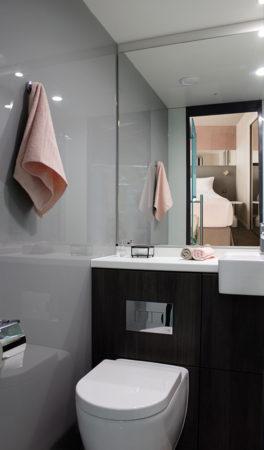 salle de bain-easy hotels